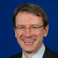 <p>Prof. Dr. med. Romain Seil<br /> President of ESSKA<br /> (European Society of Sports Traumatology, Knee Surgery & Arthroscopy)</p>